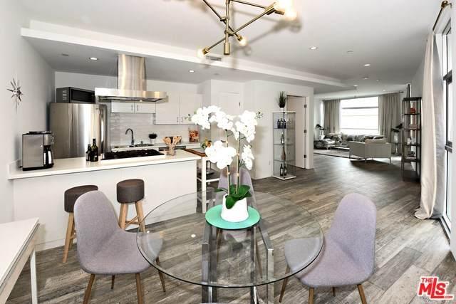 2400 Corinth Avenue #11, Los Angeles (City), CA 90064 (#20560140) :: A|G Amaya Group Real Estate