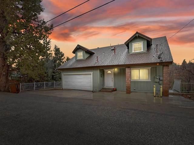 596 Villa Grove Avenue - Photo 1