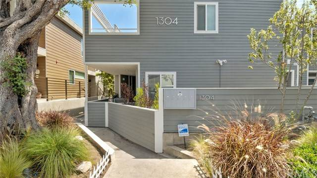 1304 12th Street C, Manhattan Beach, CA 90266 (#SB20056135) :: The Miller Group