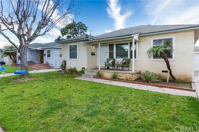 4447 Radnor Avenue, Lakewood, CA 90713 (#PW20059365) :: Team Tami