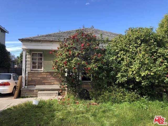 2611 S Bentley Avenue, Los Angeles (City), CA 90064 (#20565282) :: A|G Amaya Group Real Estate