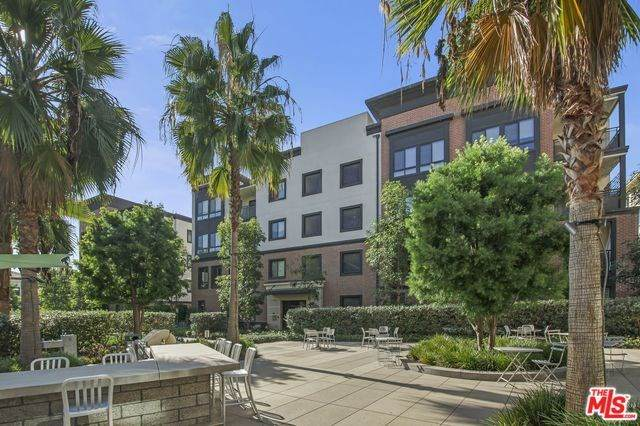 12875 Runway Road #4, Playa Vista, CA 90094 (#20565732) :: Team Tami