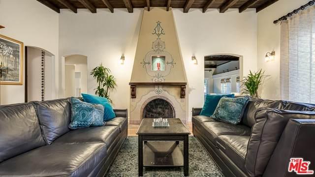 4545 Talofa Avenue, Toluca Lake, CA 91602 (#20565342) :: The Brad Korb Real Estate Group