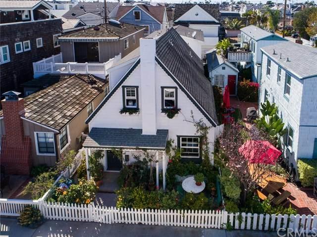 225 Apolena Avenue, Newport Beach, CA 92662 (#SW20061796) :: Berkshire Hathaway HomeServices California Properties