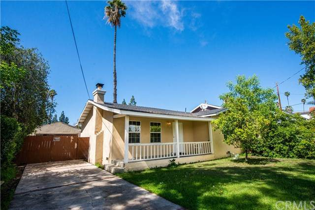7123 Forbes Avenue, Lake Balboa, CA 91406 (#CV20062141) :: Berkshire Hathaway HomeServices California Properties