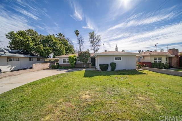 940 Latham Street, Colton, CA 92324 (#TR20062924) :: Case Realty Group