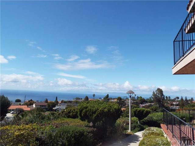 28215 Ridgethorne Ct #26 Court #26, Rancho Palos Verdes, CA 90275 (#SB20063555) :: Millman Team