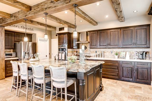 28 Country Walk Drive, Aliso Viejo, CA 92656 (#OC20057614) :: Z Team OC Real Estate