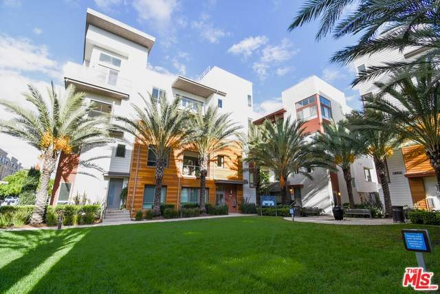 5695 Goldeneye Court #2, Playa Vista, CA 90094 (#20566656) :: Team Tami