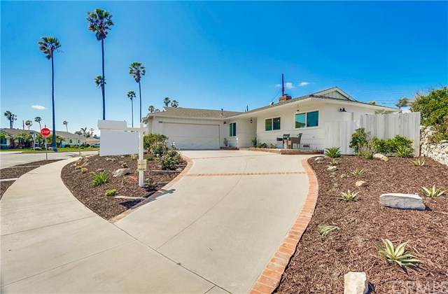 2533 S Moray Avenue, San Pedro, CA 90732 (#SB20064415) :: Millman Team