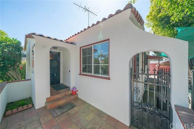 230 E Neece Street, Long Beach, CA 90805 (#OC20064534) :: Steele Canyon Realty