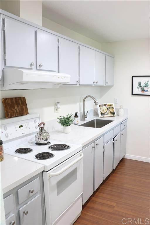 3050 Rue Dorleans #435, San Diego, CA 92110 (#200014935) :: Crudo & Associates