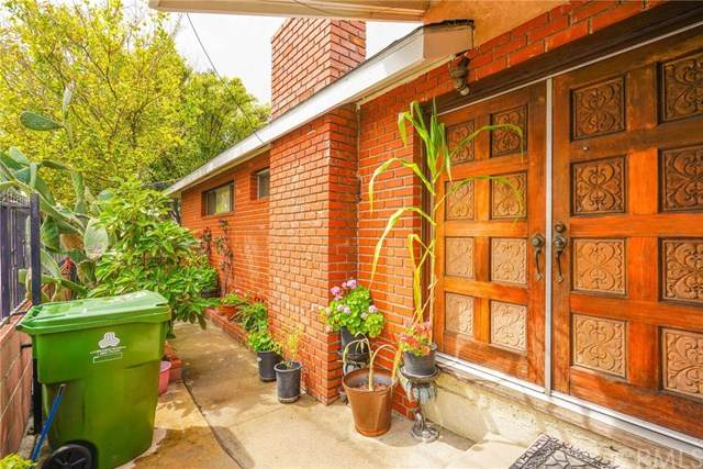 10915 Crockett Street, Sun Valley, CA 91352 (#DW20064877) :: RE/MAX Empire Properties