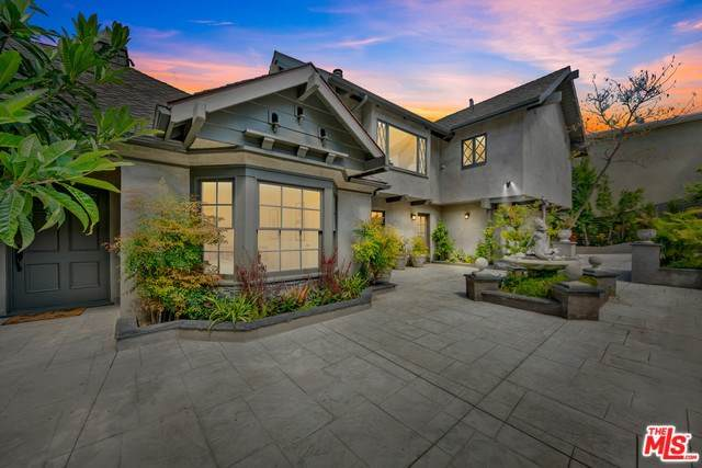 3772 Berry Drive, Studio City, CA 91604 (#20567402) :: Apple Financial Network, Inc.