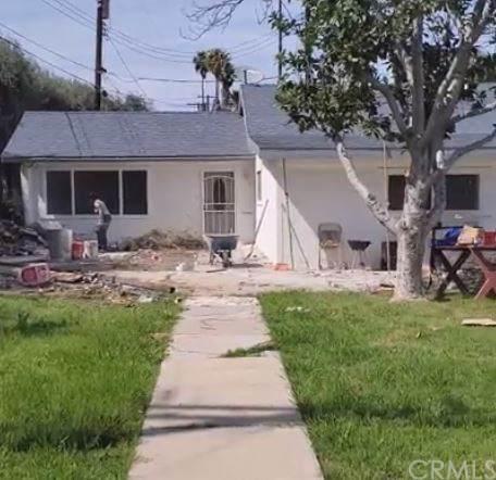 11247 Norwood Avenue, Riverside, CA 92505 (#PW20065276) :: Apple Financial Network, Inc.
