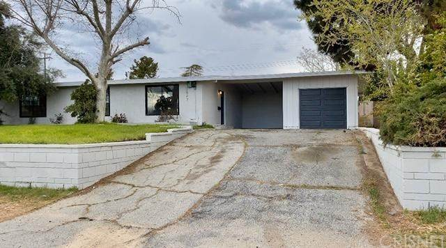 38947 Yucca Tree Street, Palmdale, CA 93551 (#SR20065442) :: The Houston Team | Compass