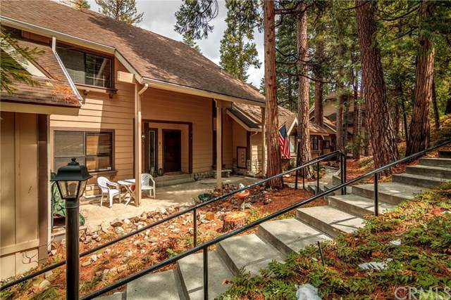 27456 White Fir Drive, Lake Arrowhead, CA 92352 (#EV20065469) :: Cal American Realty
