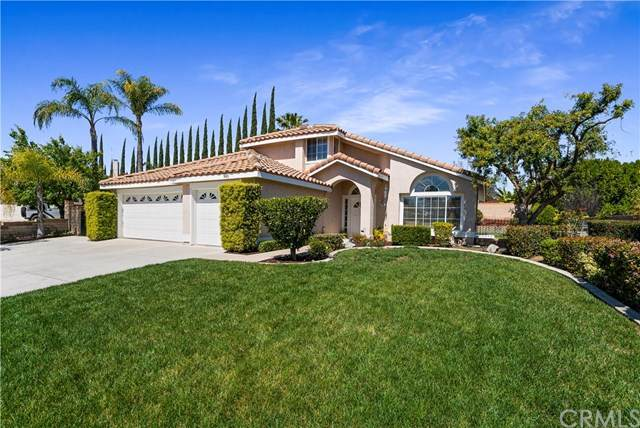 945 High Peak Dr., Riverside, CA 92506 (#IV20063987) :: American Real Estate List & Sell