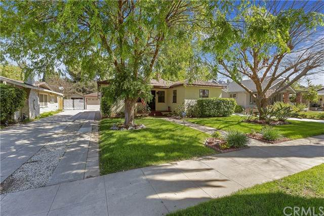 3921 Oakwood Place, Riverside, CA 92506 (#IV20064679) :: American Real Estate List & Sell