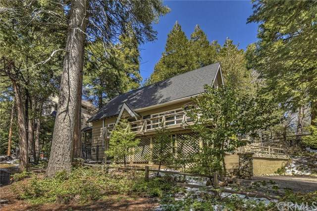 276 Crest Circle, Lake Arrowhead, CA 92352 (#EV20065682) :: Team Tami