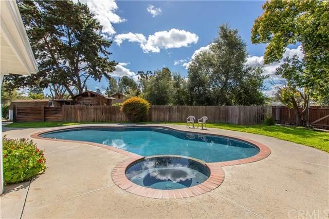1241 Joy Road, Fallbrook, CA 92028 (#SW20066754) :: A|G Amaya Group Real Estate