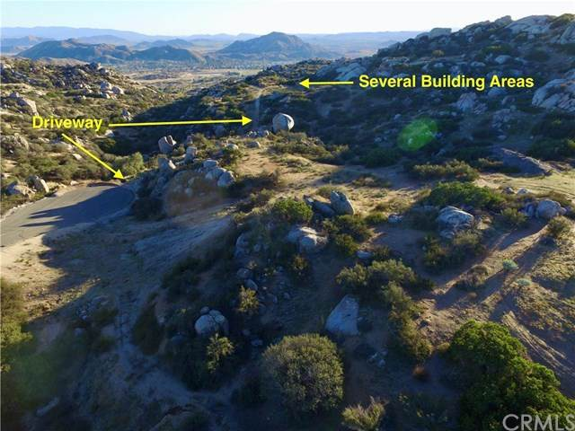 23725 Via Benito, Homeland, CA 92548 (#LG20066785) :: Steele Canyon Realty