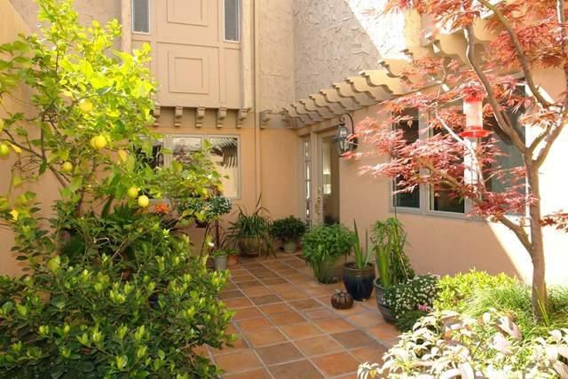 135 El Porton, Los Gatos, CA 95032 (#ML81788312) :: A|G Amaya Group Real Estate