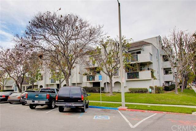505 W 5th Street #111, Long Beach, CA 90802 (#PW20066644) :: Go Gabby