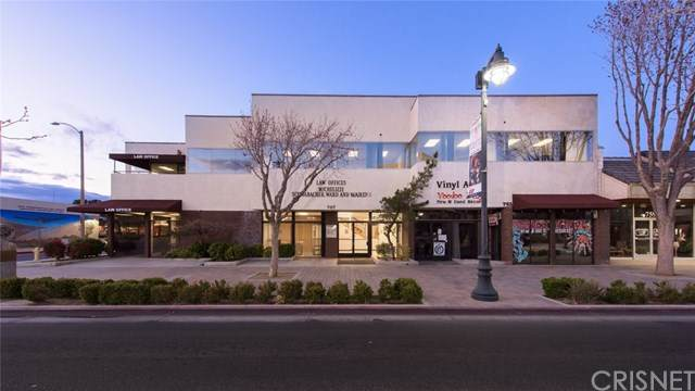 767 W Lancaster Boulevard, Lancaster, CA 93534 (#SR20063784) :: Allison James Estates and Homes