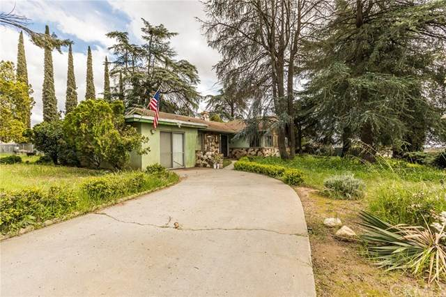 10724 Cherry Avenue, Cherry Valley, CA 92223 (#EV20067469) :: Cal American Realty