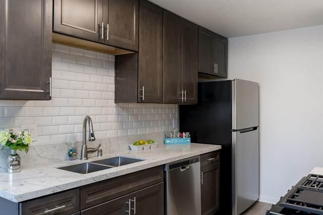 1211 Mariposa Ct, Vista, CA 92084 (#200015590) :: The Brad Korb Real Estate Group