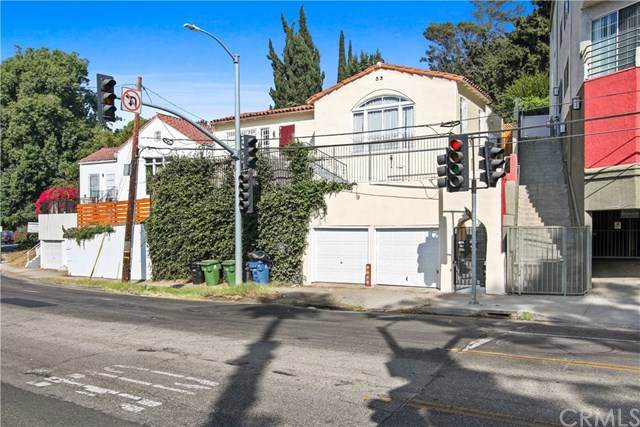 2338 N Cahuenga Boulevard, Hollywood, CA 90068 (#CV20067543) :: Berkshire Hathaway HomeServices California Properties