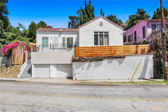 2346 N Cahuenga Boulevard, Hollywood, CA 90068 (#CV20067522) :: Berkshire Hathaway HomeServices California Properties
