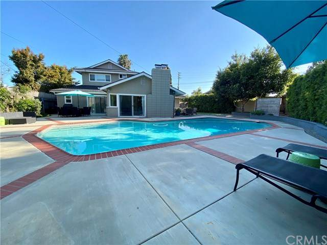 2513 Davis Place, Costa Mesa, CA 92627 (#NP20068433) :: Fred Sed Group