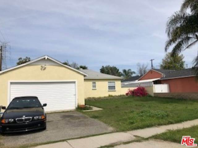 14243 Carl Street, Arleta, CA 91331 (#20568052) :: The Laffins Real Estate Team