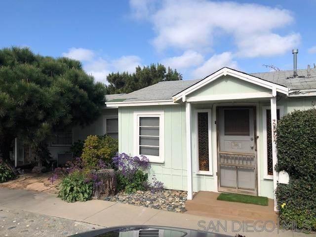 211 Neptune Ave, Encinitas, CA 92024 (#200015955) :: Cal American Realty