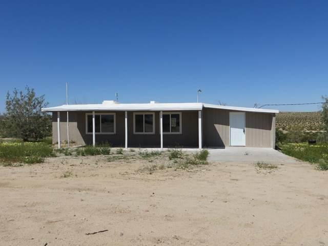374 Wheeler Road, 29 Palms, CA 92277 (#219041547DA) :: The Laffins Real Estate Team