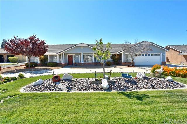 15454 Tuscola Road, Apple Valley, CA 92307 (#CV20069009) :: The Houston Team | Compass