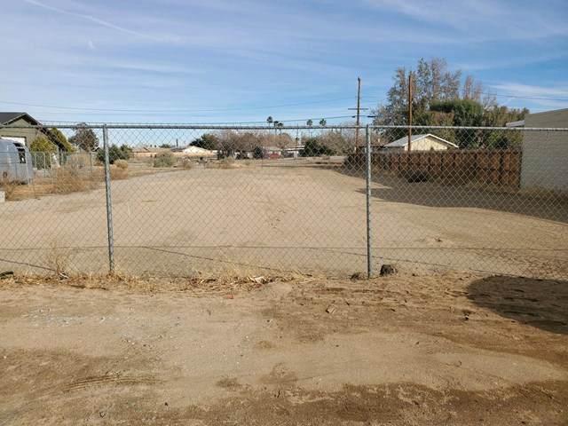 0 Apache Trail, Yucca Valley, CA 92284 (#219041580DA) :: Go Gabby