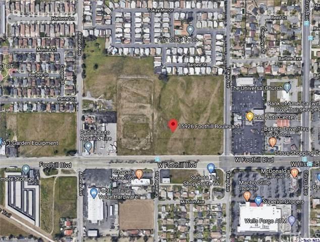 15926 Foothill Boulevard, Fontana, CA 92335 (#320001226) :: The Najar Group