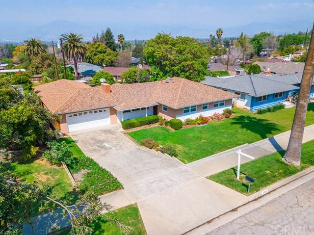 1264 W Highland Avenue, Redlands, CA 92373 (#EV20068937) :: RE/MAX Empire Properties