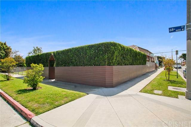 1658 W 68th Street, Los Angeles (City), CA 90047 (#SR20069331) :: RE/MAX Innovations -The Wilson Group