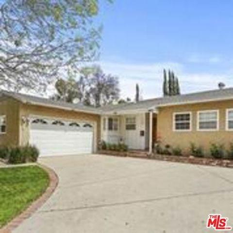 7100 Encino Avenue, Lake Balboa, CA 91406 (#20569160) :: Fred Sed Group