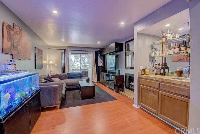 15231 Magnolia Boulevard #117, Sherman Oaks, CA 91403 (#BB20069657) :: Case Realty Group