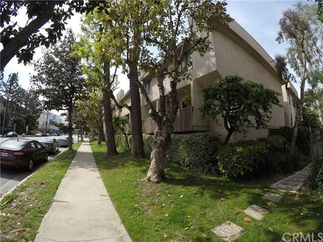 15215 Magnolia Boulevard #130, Sherman Oaks, CA 91403 (#SB20067935) :: Case Realty Group