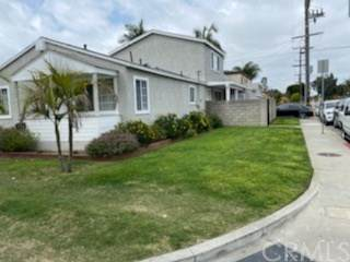 16607 Downey Avenue, Paramount, CA 90723 (#DW20070585) :: Compass