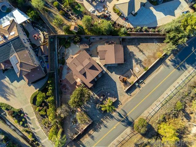 11646 Creek Rd, Poway, CA 92064 (#200016413) :: The Costantino Group | Cal American Homes and Realty