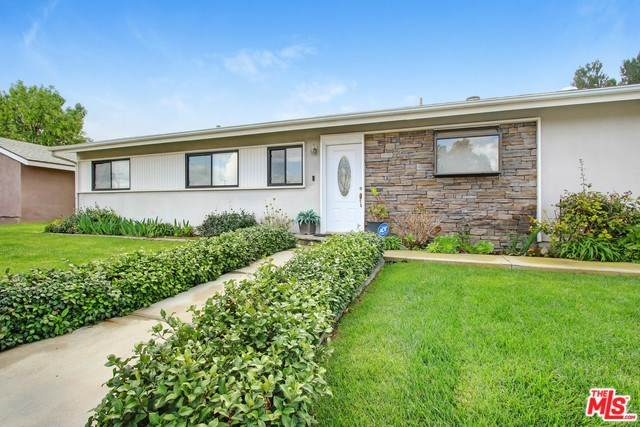 1806 Moore Street, Simi Valley, CA 93065 (#20569788) :: RE/MAX Parkside Real Estate