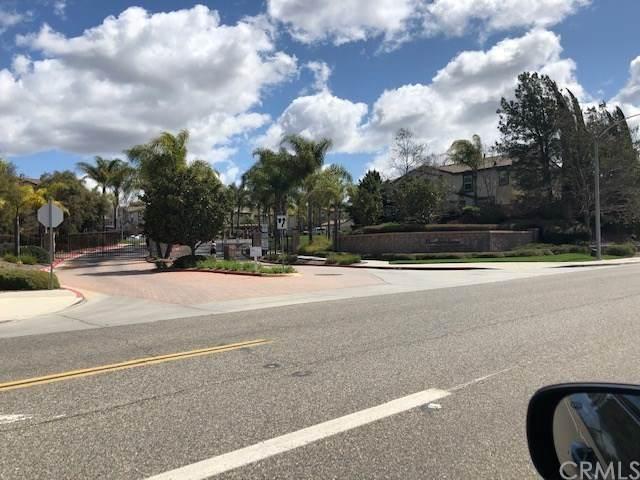 41685 Woodridge Avenue - Photo 1