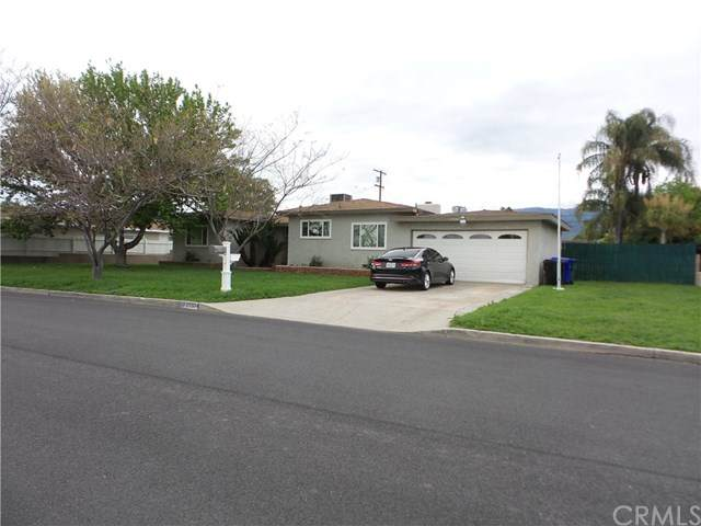 25534 Walker Street, San Bernardino, CA 92404 (#EV20071373) :: RE/MAX Innovations -The Wilson Group